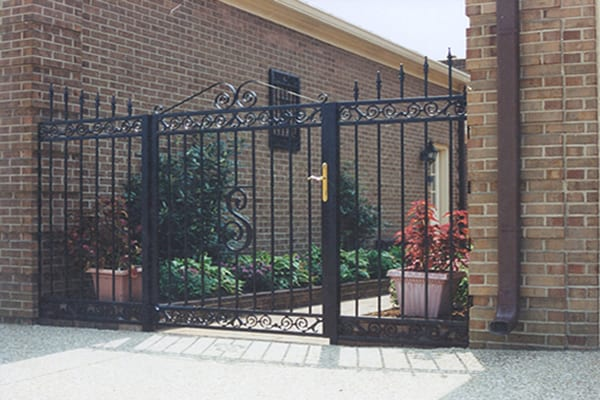 Iron Gates Iron Crafters Llc