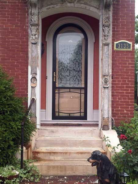 Storm Door for Round Top Door