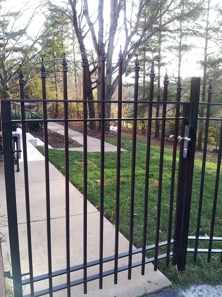 F10 Iron Fence