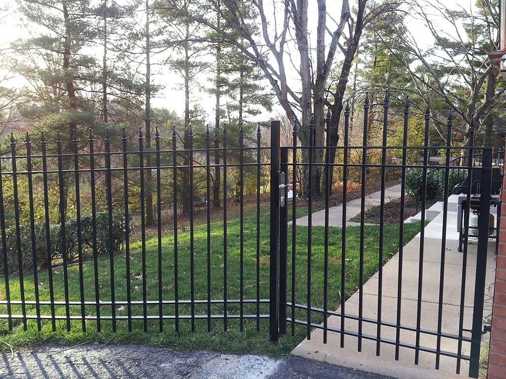 F29 Iron Fence