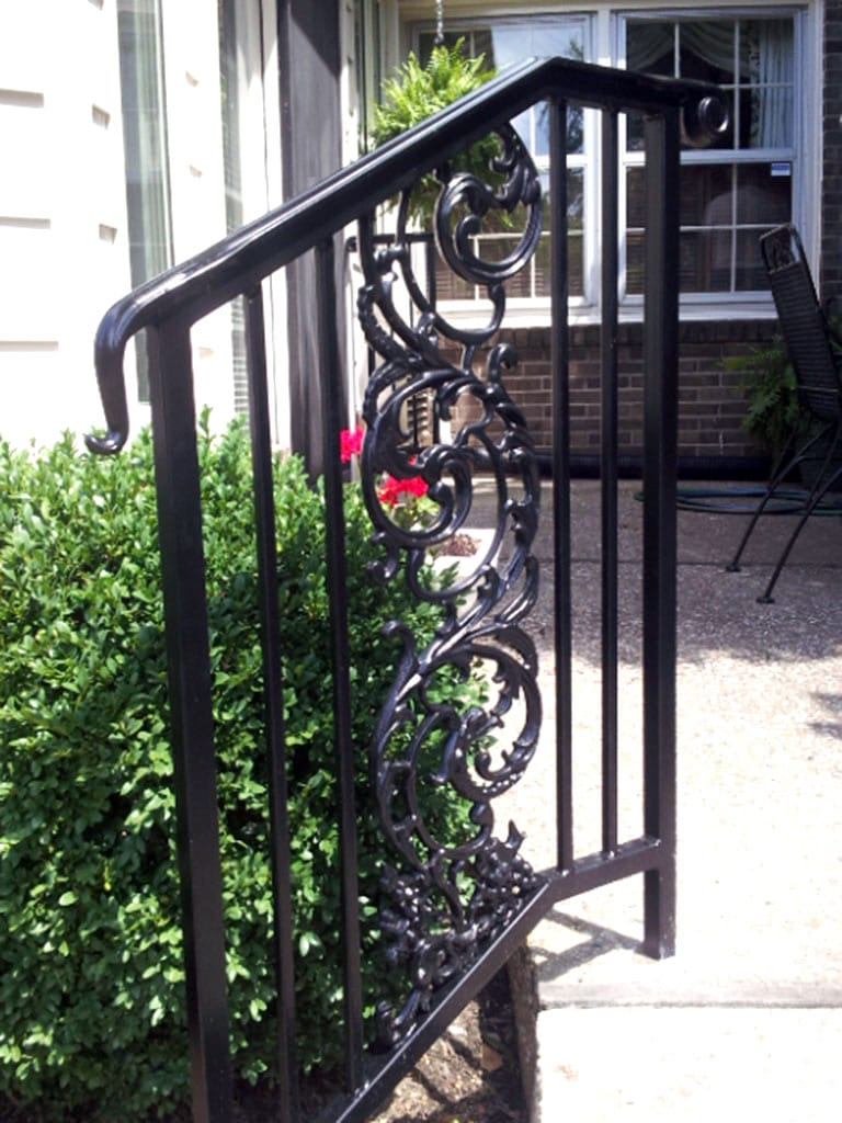 R42 Iron Railing Birds of Paradise