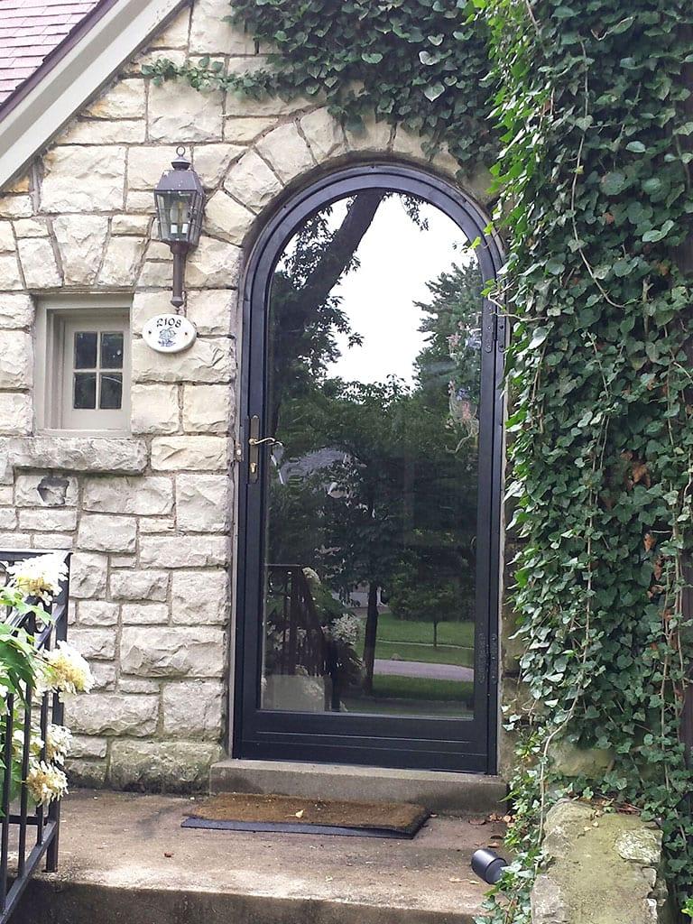 Ironsecuritydoorsstormdoorslouisvilleround Top Sec Door In