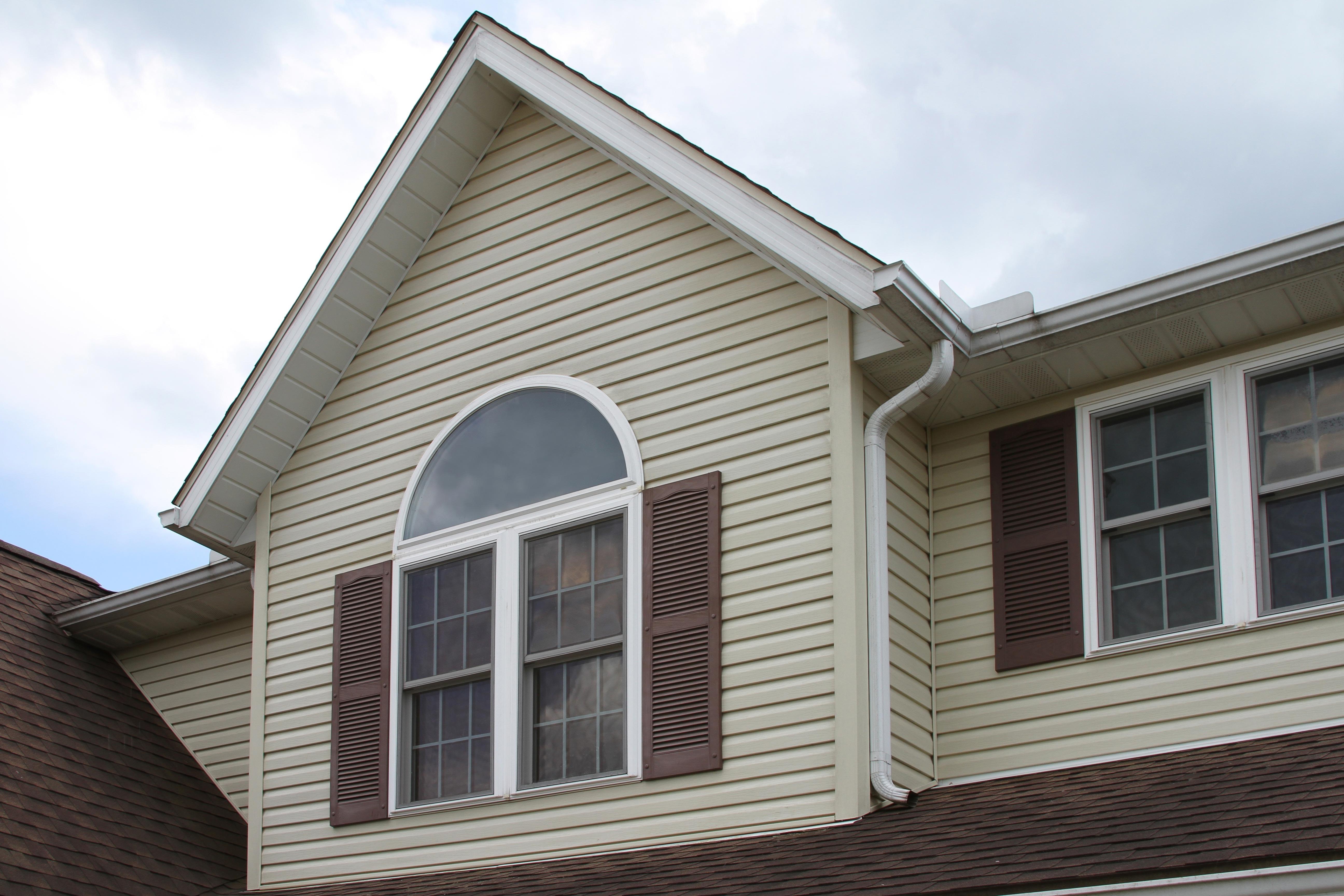 RW9 Replacement Windows